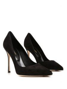 pointy stiletto heels